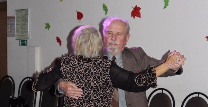 Женщину на ночь Ломоносовская досуг Клочков